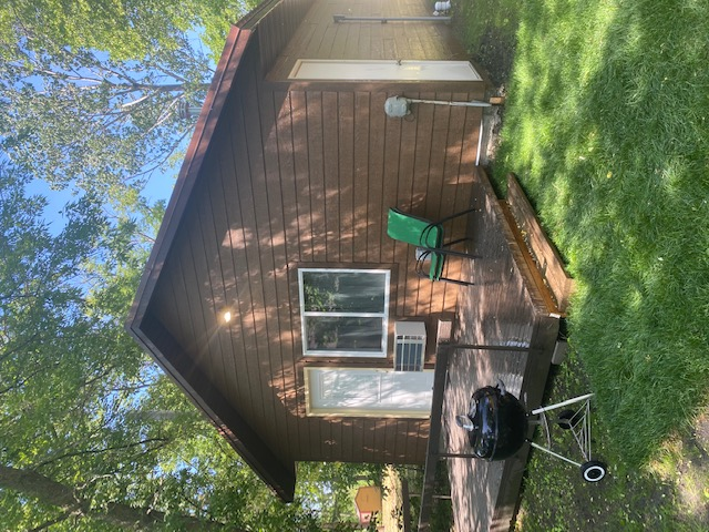cabin 4 outside